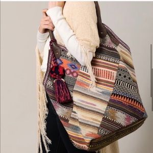 Handbags - New🌻BoBo Tribal Motif tote bag
